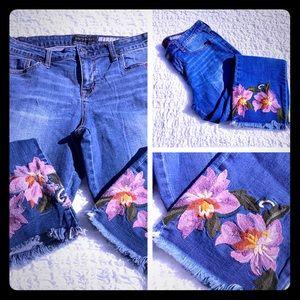 Aeropostale Ankle Crop Straight Jeans Floral Hem